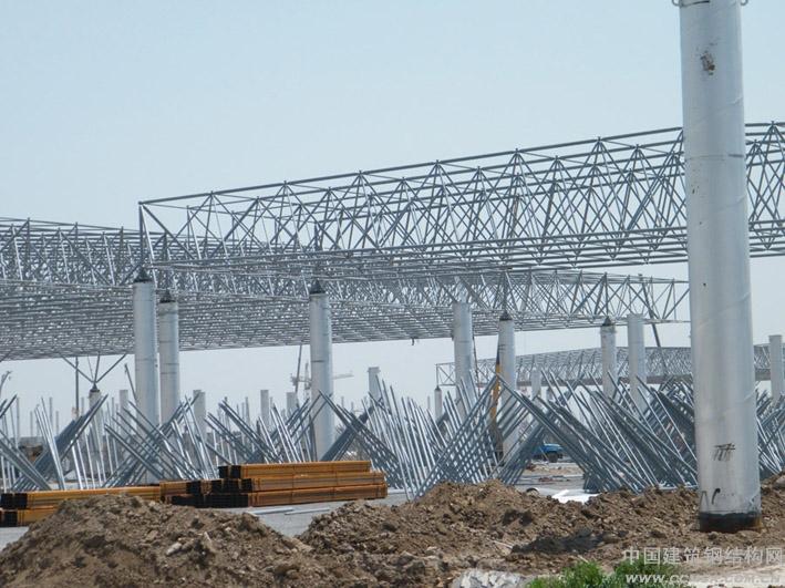 江苏八方钢结构工程建设有限公司专业承接各类网架