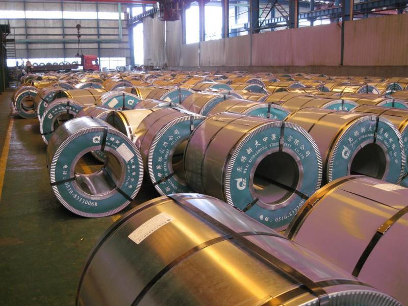 新大中彩涂卷,无锡新大中薄板厂家直销0.5*1000海兰或白灰,5550元/吨