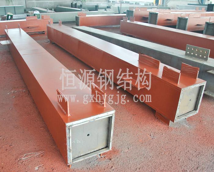 焊接型箱型柱