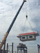武汉市黄陂区前川中环线解放互通钢结构顺利开吊
