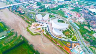 中国建筑承建的海峡文化艺术中心项目通过竣工验收