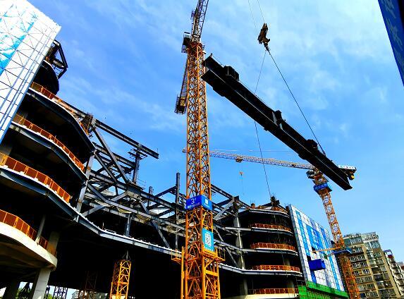 爱尔总部大厦钢结构主体工程顺利封顶
